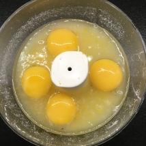With egg yolks & lemon juice